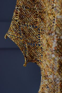 Ravelry: Kyley Shawl pattern by Zsuzsanna Orthodoxou Knitted Fabric, Ravelry, Shawl, Notes, Knitting, Pattern, Fashion, Moda, Report Cards