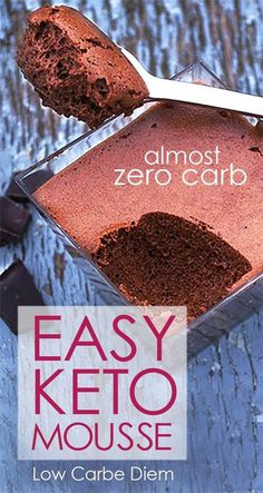 Low Carb Recipes Dark chocolate Low Carb Mousse dessert with almost no carbs. This dessert may be sweet but it's also very low in carbs. Perfect for anyone on an LCHF or keto diet. Freeze for keto pops or ice cream. Weight Watcher Desserts, Desserts Keto, Keto Snacks, Keto Dessert Easy, No Carbs Dessert, Healthy Chocolate Desserts, Simple Keto Desserts, Diabetic Dessert Recipes, Heavenly Dessert Recipe