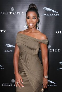 KELLY ROWLAND - Week's Best Style Moments