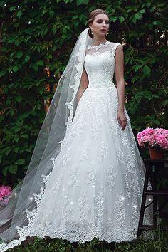 Gorgeous Tulle Bateau Neckline A-line Wedding Dresses With Lace Appliques