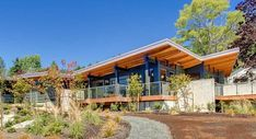 7 Prefab Companies That Oregon Dwellers Should Know - Photo 7 of 7 - Method Homes is a custom manufacturer of precision–engineered, prefabricated, modern structures that services the Western United States and Canada, including Oregon. Their homes range in size and style, from 1,200-square-foot rustic cabins to 3,5000-square-foot contemporary residences. Method Homes also has an ongoing commitment to sustainable design, with many of their homes eligible for LEED certification and other…