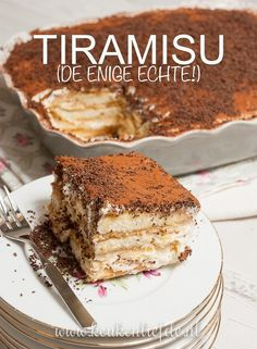 Tiramisu (the only real one!) - Kitchen ♥ Love - Tiramisu (the only real one! Köstliche Desserts, Delicious Desserts, Yummy Food, Baking Recipes, Cake Recipes, Dessert Recipes, Baking Ideas, Tiramisu Dessert, Sweet Bakery