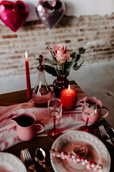 Best Modern Valentine's Elopement Inspiration Is For The Coolest Of Couples. If you are looking for Modern Valentine's Elopement Inspiration Is For The Coolest Of Couples, You come to the right … Valentines Day Couple, Valentines Day Weddings, Be My Valentine, Valentine Decorations, Wedding Decorations, Table Decorations, Photo Candles, Red Candles, Valentines