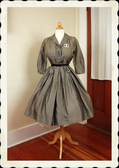 9a07797acba3 LOVELY Chic 1950 s New Look Iridescent Silvery Grey Silk Party Dress w   Large Lucite Button Details - Detailied Pleating - So Dior - Size M