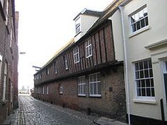 Located Near Parkhotel Rügen, A kontor (English: /kɒnˈtɔːr/) was a foreign trading post of the Hanseatic League. Local Attractions, Find Hotels, Bergen, Norfolk, Survival, England, King, Outdoor Decor, Warehouse