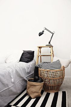 bedroom6 / naturalne tkaniny / len/ rustykalne wnętrza / sypialnia