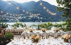 A relaxed and intimate reception with the ones you love the most | Grace Loves Lace