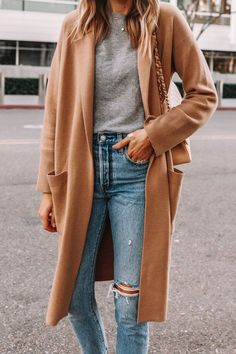 Winter Fashion Outfits, Fall Winter Outfits, Autumn Fashion, Casual Outfits, Cute Outfits, Sweaters And Jeans, Long Sweaters, Beige Outfit, Neutral Outfit