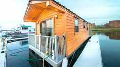 If you've ever dreamed of leaving the land-locked world behind and making a go of it on a houseboat, today could be your lucky day.