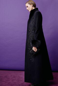 Elie Saab Pre-Fall 2015 Fashion Show - Esther Heesch