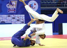 Judo || Image Source: https://peterspennato.files.wordpress.com/2016/10/gp_qindago_action_100.jpg
