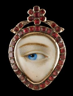 Lovers eye locket