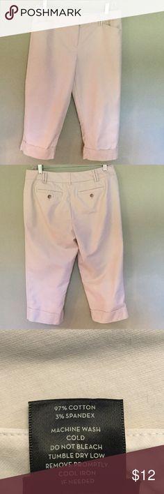 Ann Taylor Signature Capri  Anne Taylor Signature Capri in light khaki / cream cuffed pants. Size 8 Petite. Great shape. Ann Taylor Pants Capris