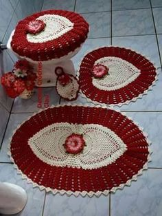 Bath Crochet Patterns Part 10 - Beautiful Crochet Patterns And Knitting Patterns - Diy Crafts - DIY & Crafts Crochet Decoration, Crochet Home Decor, Crochet Mat, Crochet Doilies, Ferrat, Crochet Kitchen, Bathroom Rugs, Bathroom Ideas, Crochet Projects