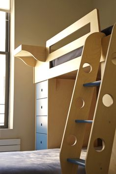 The Top Bunk In This L Shaped Bed Is Safe And Easy To Access