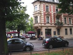 Even the streets are beautiful in Potsdam Altstadt!  | #EatTheWorld #EatTheWorldTour #FoodTour #Germany #Deutschland #Potsdam | © eat-the-world