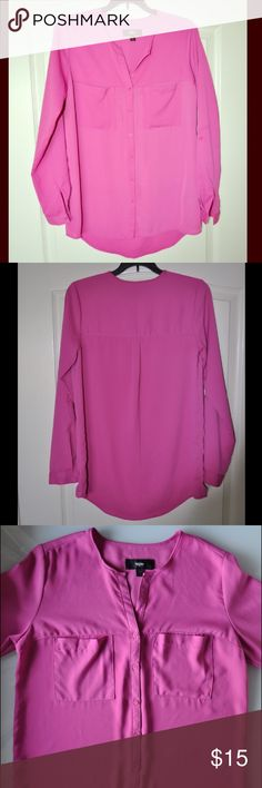 Button Down Loose Fit Fuchsia Shirt Buttons down blouse. Two front pockets. Adjustable sleeve length. Label indicates XS but it runs large and fits like size S. Worn few times, no signs of wear. Mossimo Supply Co Tops Blouses