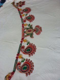 An idea for a lantern edging. Diwali Craft, Diwali Diy, Diwali Rangoli, Diwali Decoration Lights, Festival Decorations, Hanging Decorations, Crafts To Make, Arts And Crafts, Acrylic Rangoli