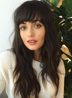 Cool Hairstyles 5 Top Fringe Bangs 2020 For Fashion Lady.Cool Hairstyles 5 Top Fringe Bangs 2020 For Fashion Lady Curly Hair With Bangs, Long Curly Hair, Hairstyles With Bangs, Pretty Hairstyles, Curly Hair Styles, Bangs Hairstyle, Full Bangs, Full Fringe Hairstyles, Shaggy Long Hair