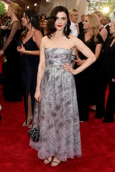 RACHEL WEISZ In Chanel Haute Couture and Chanel Fine Jewelry   - ELLE.com