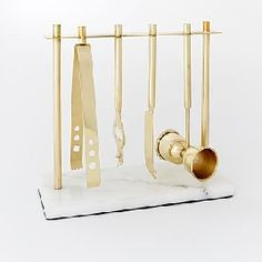 I absolutely love this gold and marble barware set! perfect for entertaining