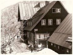 Ski Posters, Skiing, Cabin, House Styles, Home Decor, Pictures, Ski, Decoration Home, Room Decor