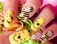 Trendy Nails Art Disney Winnie The Pooh Trendy Nail Art, Cool Nail Art, Love Nails, Fun Nails, Camo Nails, Nail Art For Kids, Nail Designer, Disney Nails, Creative Nails