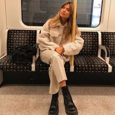 Matilda Djerf - Page 4 of 124 - Fashion Killa, Look Fashion, Girl Fashion, Ladies Fashion, Fall Winter Outfits, Autumn Winter Fashion, Mode Outfits, Fashion Outfits, Fashion Tips