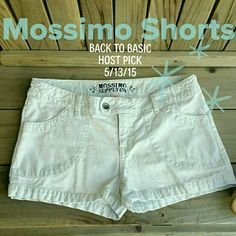 Mossimo Supply Co. Wht/Blue Stripped Shorts Sz 11 Back to Basics Host Pick, 5/13/15 Mossimo Supply Co. Pre loved White with light Blue vertical stripes 4 pocket shorts. 100% Cotton. Soft, comfortable and perfect for Spring or Summer. Measurements: W- 16, R- 7 No ripa, tears, stains or odors. You have to have these shorts! Mossimo Supply Co. Jeans