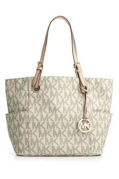 My Michael Kors Tote gifted from Artistry.