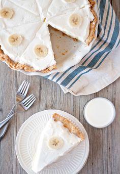 banana cream pie | ahappyfooddance.com
