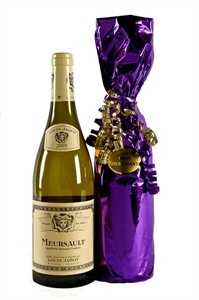 Meursault from Louis Jadot, always true to its own peculiar, distinctive nature! White Burgundy, Gift Sets, Wine Gifts, Wine Tasting, Whiskey Bottle, Grateful, Champagne, France, Drinks