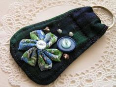 fabric-key-ring.jpg DIY