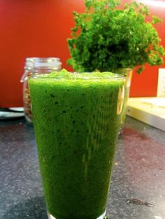 Spinach Man Vitamix Recipes. Saw this guy in Whole Foods doing a demo. This is his website.. some seriously good recipes. Made the cold green soup today...loved it!!!