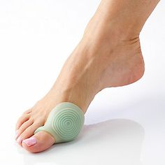 MenthoGel Bunion Shield, Pair :: i want this for my runners :/ Don't quite have a bunion yet, but the feet aren't liking all the running