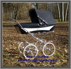 Retro Vintage, Vintage Pram, Pram Stroller, Baby Strollers, Silver Cross Prams, Prams And Pushchairs, Baby Buggy, Baby Prams, Baby Carriage