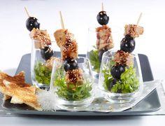 Piques de foie gras et raisinVoir la recette des Piques de foie gras et raisin