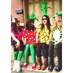 Fruit Halloween Costumes, Cute Halloween Costumes, Halloween Kostüm, Holidays Halloween, Halloween Couples, Homemade Halloween, Halloween Projects, Group Costumes, Diy Costumes