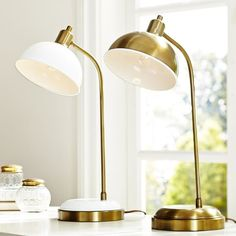 """Kennedy Task Lamp 