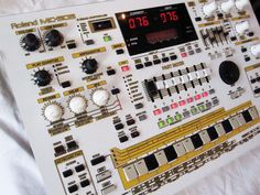 MATRIXSYNTH: Custom White & Gold Roland MC-505 Groovebox