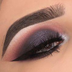 24 Sexy Eye Makeup Looks Give Your Eyes Some Serious Pop - eye makeup ideas #makeup #eyemakeup #eyeshadow