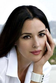 Monica Bellucci -The Most Beautiful Women Monica Bellucci, Most Beautiful Women, Beautiful People, Italian Actress, Italian Beauty, Glamour, Italian Girls, Models, Celebs