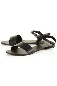 The perfect summer sandals. Lucky, I got the last pair from the store. Topshop Houpla Leather Strap Sandals