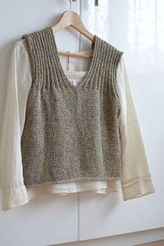 Ravelry: Curtain vest pattern by Avril Knitting Designs, Knitting Patterns Free, Knit Patterns, Hand Knitting, Knitwear Fashion, Knit Fashion, Fashion Wear, Knit Vest Pattern, Summer Knitting
