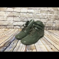 df5877ffc7 35 Best reebok freestyle hi images in 2018 | Slippers, Athletic ...