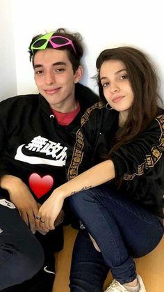 EXTRAÑO TANTO ESTA AMISTAD😢 Youtube Argentina, Minecraft Memes, Billie Eilish, My Girl, Crushes, Idol, Fandoms, The Originals, Image