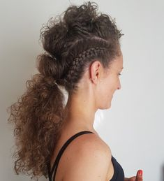 Mohawk braided style #curls #mohawk #braids