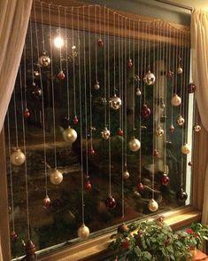 Christmas Window Decor Ideas that'll give your home a Vivacious look - Ethin. Diy Christmas Decorations Easy, Christmas Hacks, Christmas Themes, Christmas Crafts, Holiday Decor, Christmas Music, Christmas Activities, Christmas Wreaths, Christmas Sled