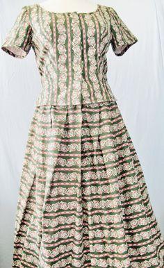 2 Piece TRACHTEN DIRNDL Top And Skirt Heavy Cotton Darkgreen Pink Pattern Size 40 US 10 Bavarian Alpine Loooks Austrian