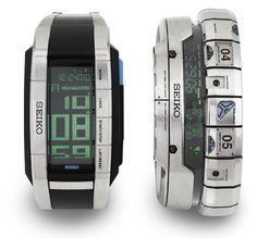 近未来的腕時計!「WRIST HOLO」。 |キュレーションマガジン antenna[アンテナ]
